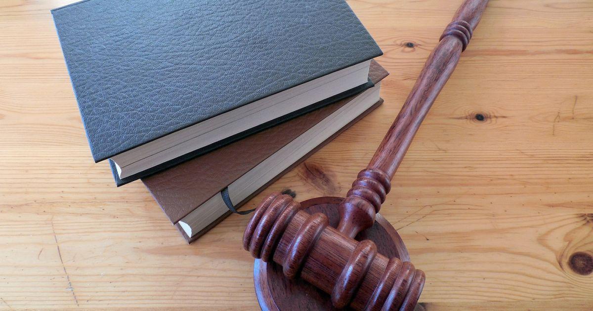 Избиение четырехлетней девочки: суд вынес приговор отчиму