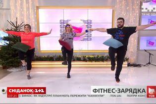 350-450 калорий за час: взрывная фитнес-зарядка от Ксении Литвиновой