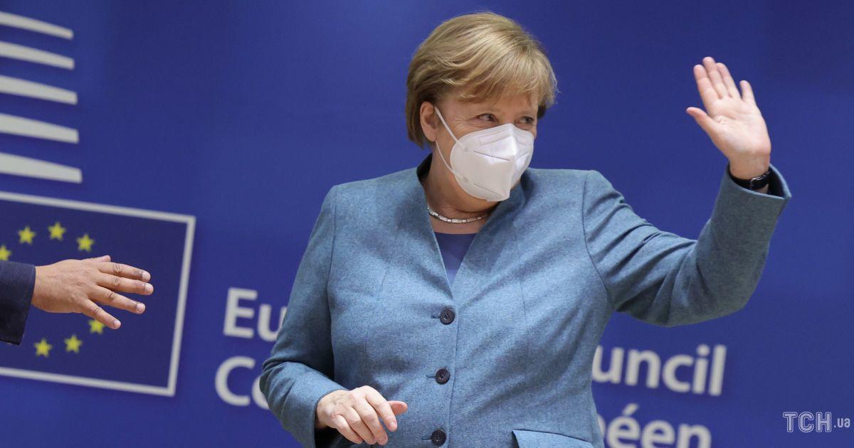 """""""Недоречний засіб"""": Меркель засудила санкції США проти """"Північного потоку-2"""""""