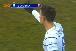 Динамо - Колос - 0:1. Арбітр після перегляду VAR скасував жовту картку Шепелєву і дав червону