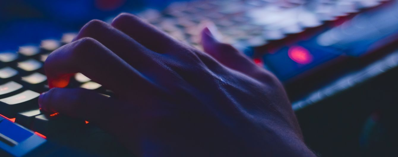 В США хакеры атаковали десятки тысяч организаций из-за уязвимости в программе Microsoft