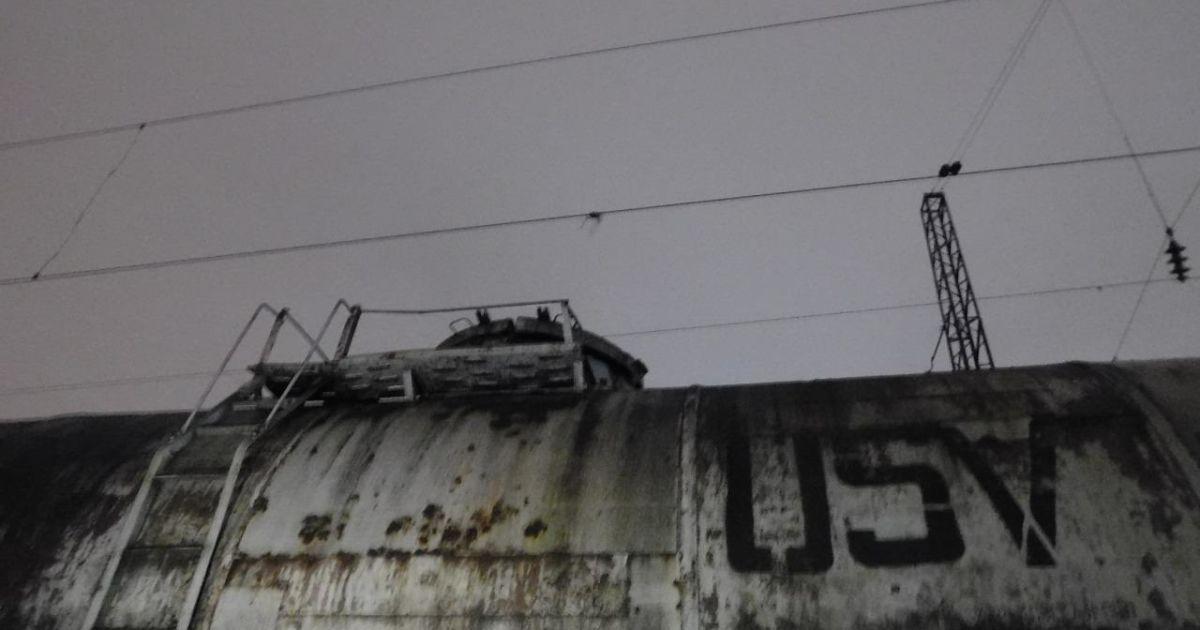 У Рівненькій області юнак вижив після ураження струмом у 27 тисяч вольт