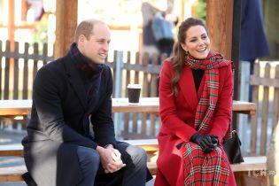 Кейт и Уильям представили рождественскую открытку