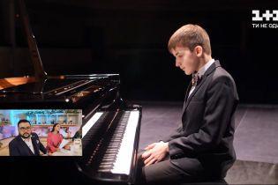 Хлопчик-оркестр: як Женя Чеславський щодня бореться за мрію бути музикантом