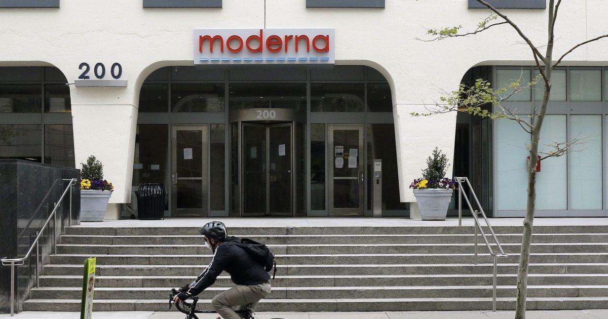 Moderna озвучила амбициозные планы: в следующем году выпустить до миллиарда доз вакцины против COVID-19