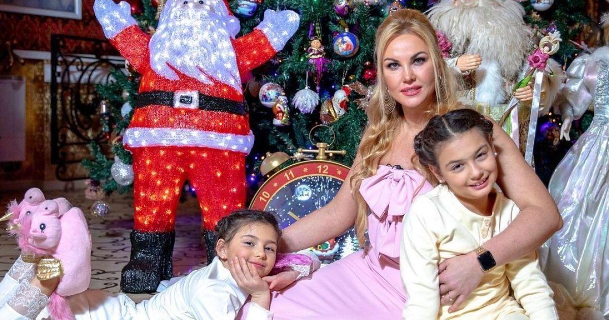 День святого Николая: Камалия, Осадчая и другие украинские звезды поздравили фанов