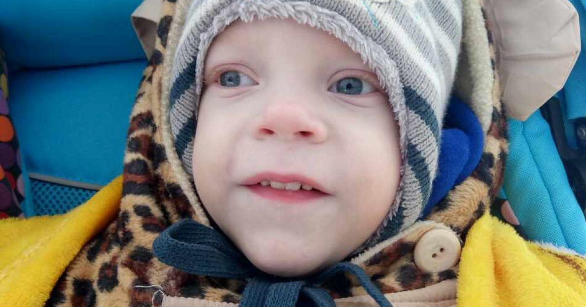 Передчасне народження спровокувало наслідки, які Максимку тепер доводиться долати