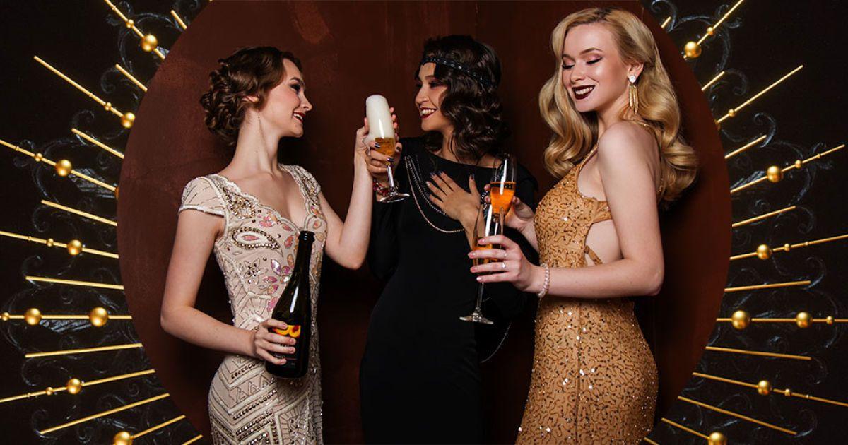 Ніжки в руки: як правильно тримати келихи з вином та шампанським
