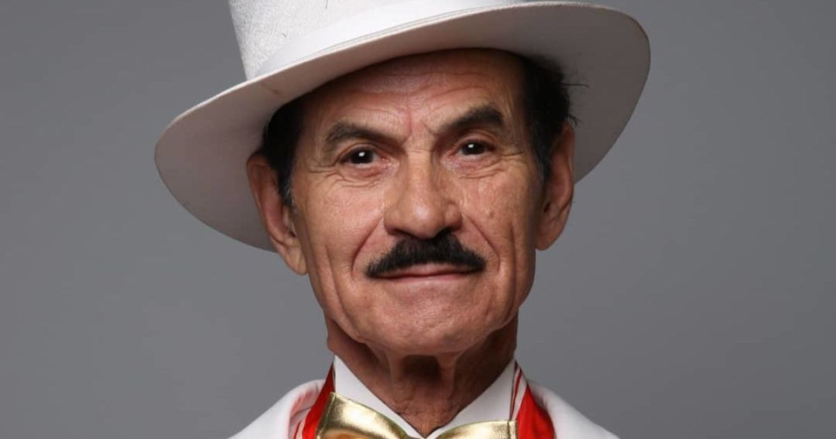 90-летний Григорий Чапкис показал селфи с больничной койки