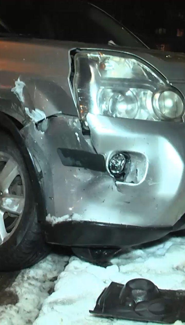 В Киеве двое абсолютно пьяных водителя спровоцировали два ДТП на одном перекрестке
