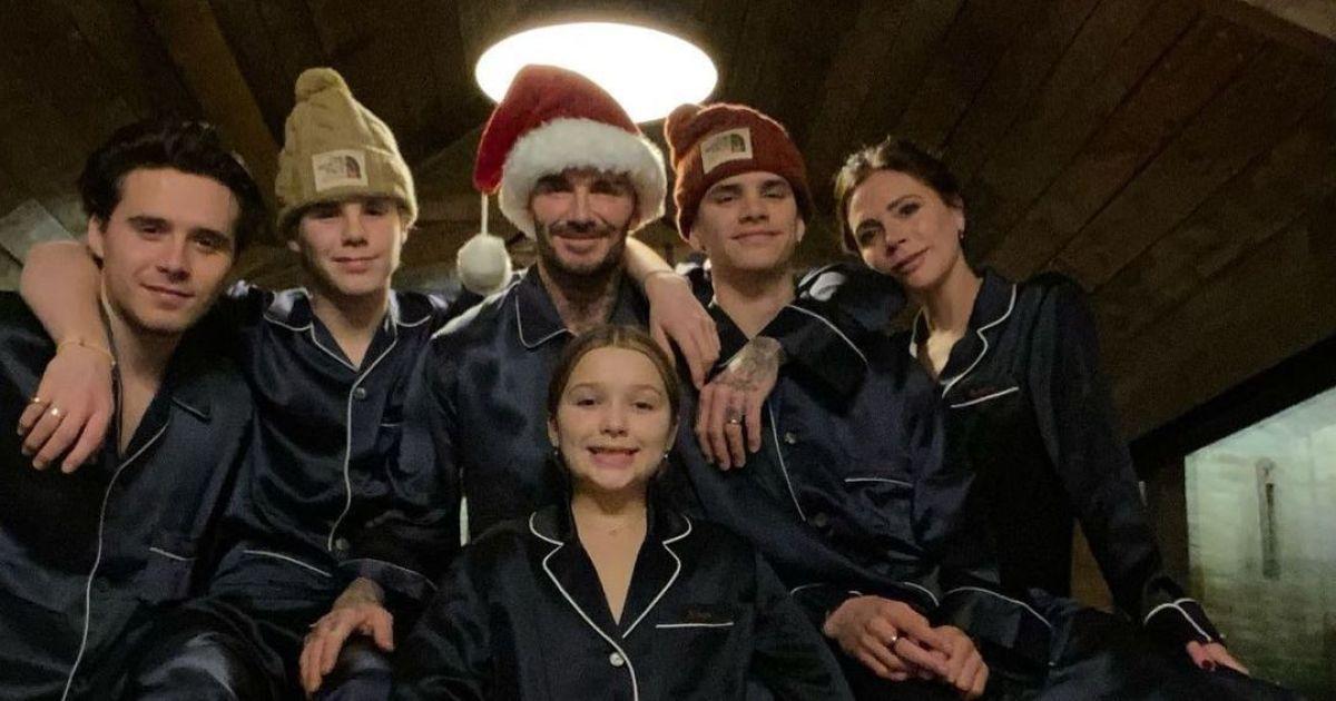 Рождество 25 декабря: Бекхэмы, Дион, Биберы и другие звезды поздравили с праздником семейными фото