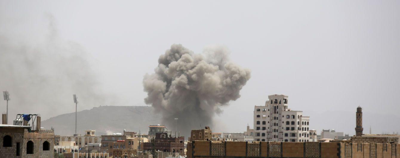 В Йемене прогремели мощные взрывы: есть много пострадавших и погибших