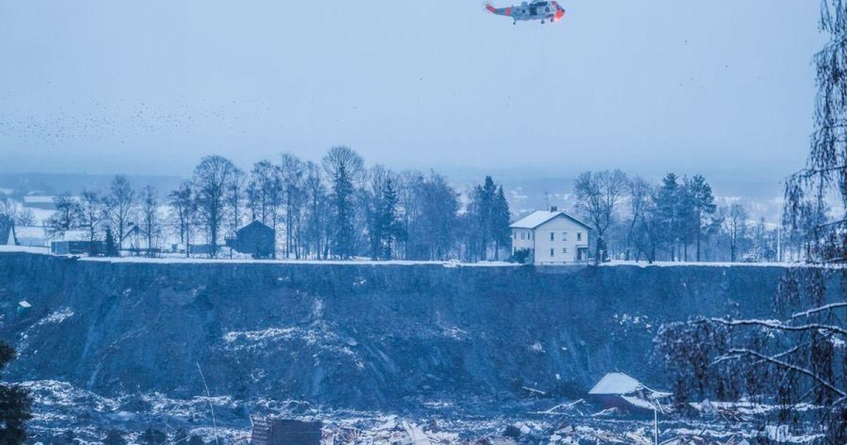 Зсув ґрунту у Норвегії: одна жертва, рятувальники продовжують пошуки