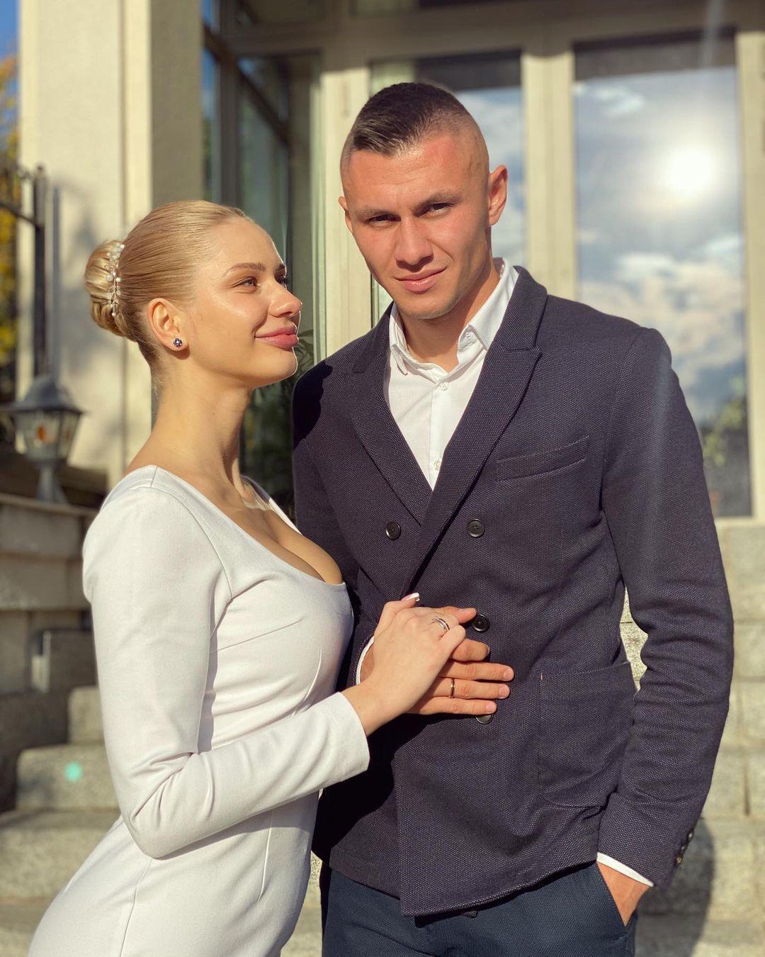 Alexander Subkov con su esposa Anna