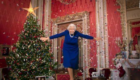 У Британії підмінили справжню королеву Єлизавету на фейкову та змусили танцювати: хто і навіщо це зробив
