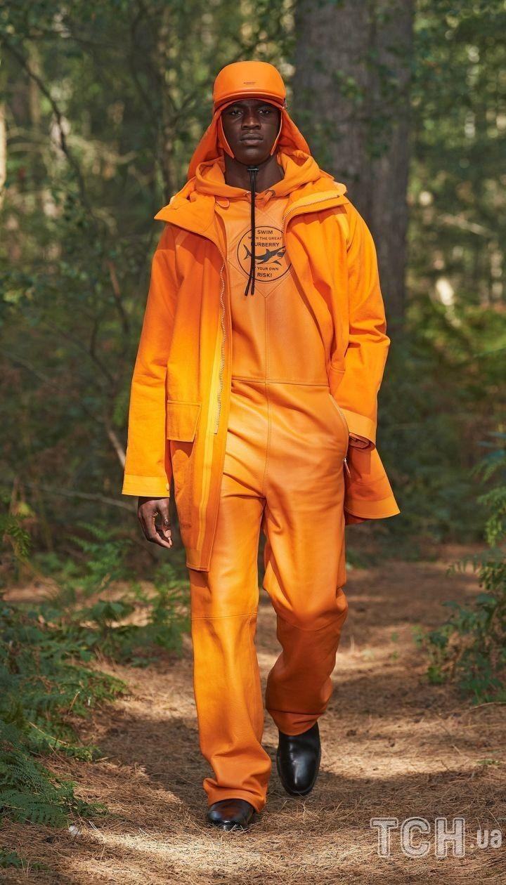 Колекція Burberry прет-а-порте сезону весна-літо +2021 @ East News