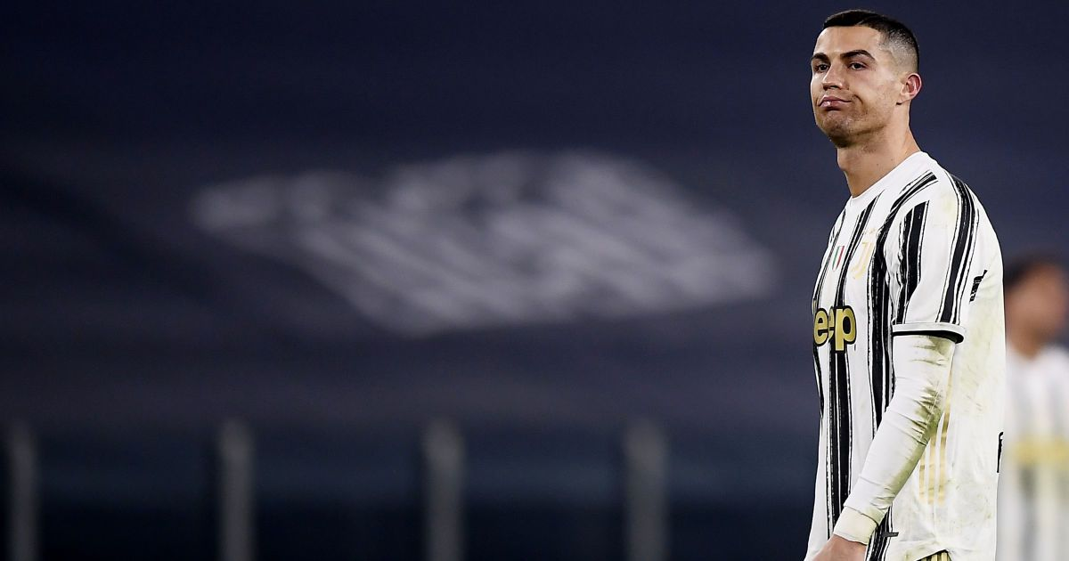"""""""Избавьтесь от него, он мешает команде"""": в Италии на Роналду обрушилась невиданная критика"""