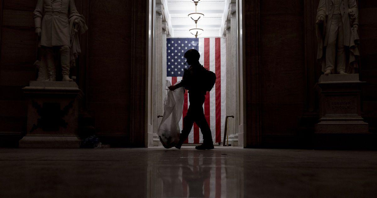 У США один з конгресменів закликав засудити всіх учасників штурму Капітолію