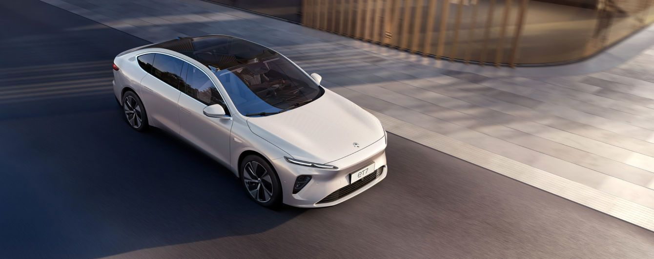 Конкурент Tesla: китайці презентували люксовий електроседан із запасом ходу в 1000 км