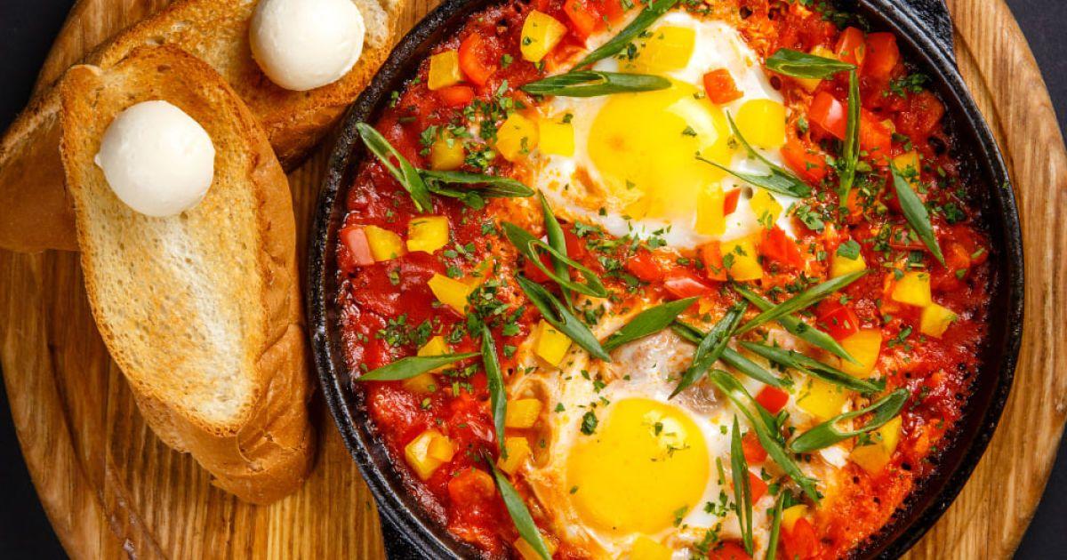 All inclusive: менемен – сніданок із турецького готелю