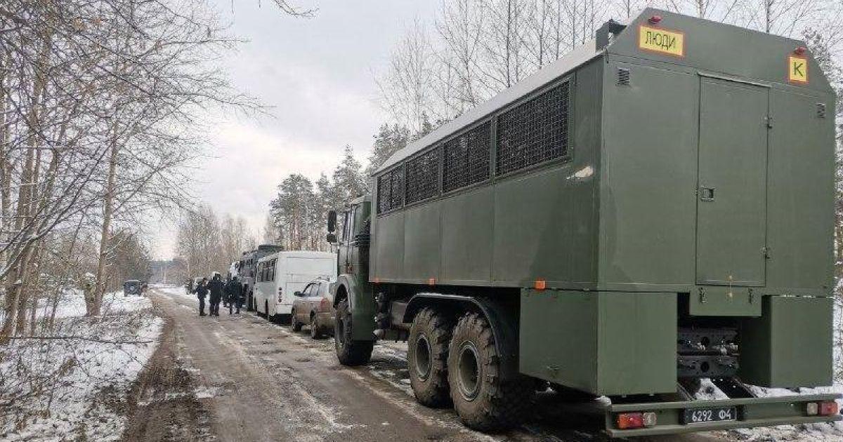 В Ровенской области продолжают бороться с копателями янтаря: задержали 25 человек