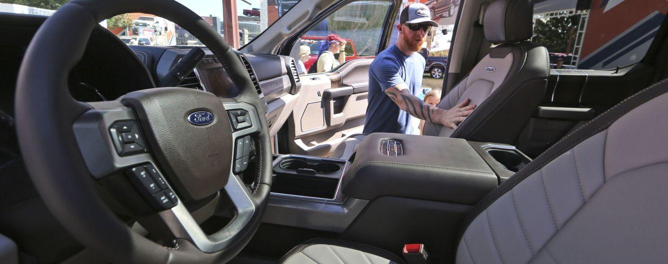 Водителям рассказали, сколько бензина потребляют подогрев сидений и руль