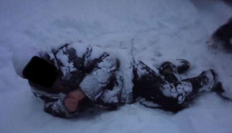 Сломал ногу и лежал в снегу: под Харьковом мужчина в лесу нуждался в помощи