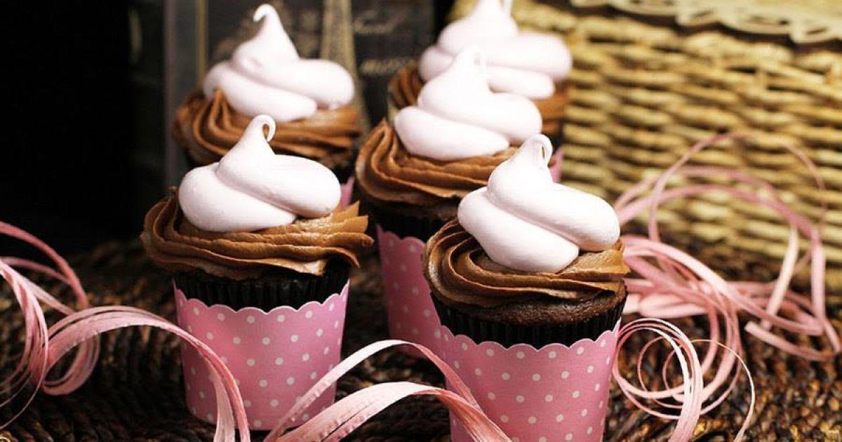 """Страва з іменем: розкішний десерт """"Мадам Помпадур"""" до новорічного столу"""