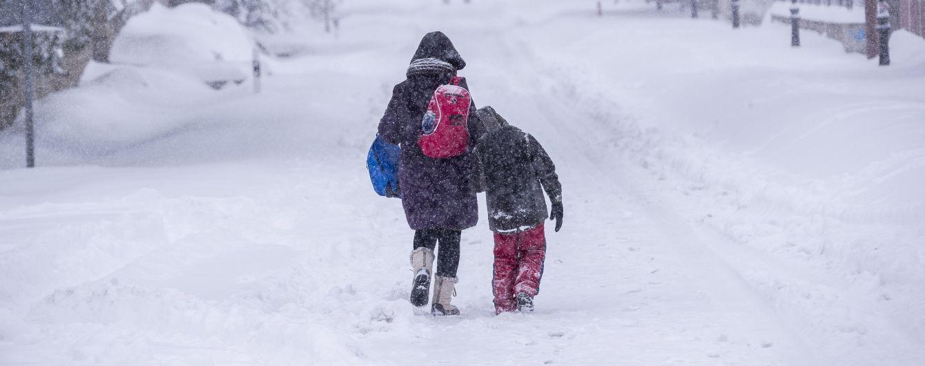 Хуртовини, снігові замети та ожеледиця: до України прийшла справжня зима
