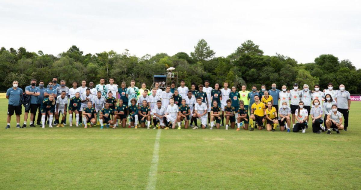 Жіноча збірна Бразилії зіграла проти чоловічої команди: матч завершився розгромом