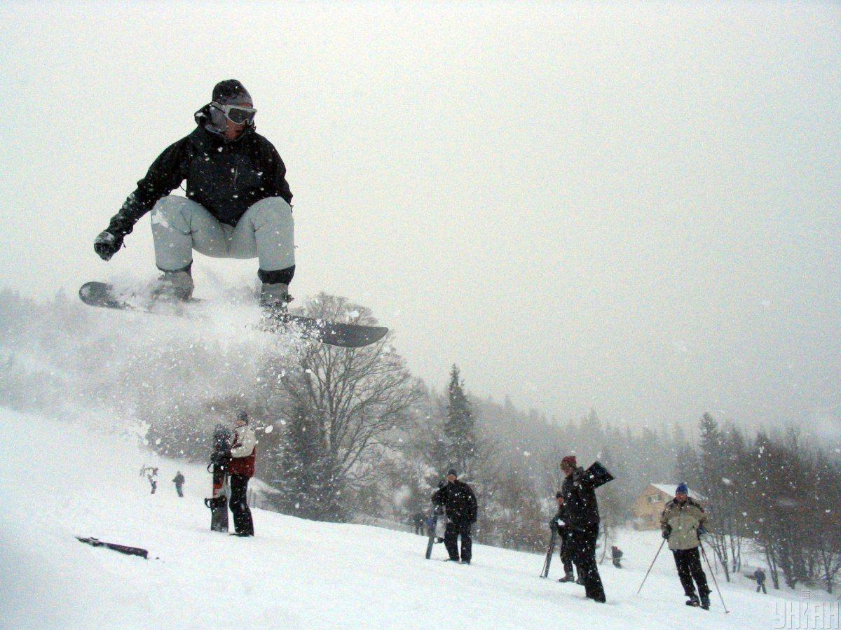 Сноубордист, сноуборд, Карпати, зима в Карпатах