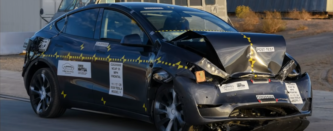 Американцы провели краш-тест для Tesla Model Y и назвали ее безопасность: видео