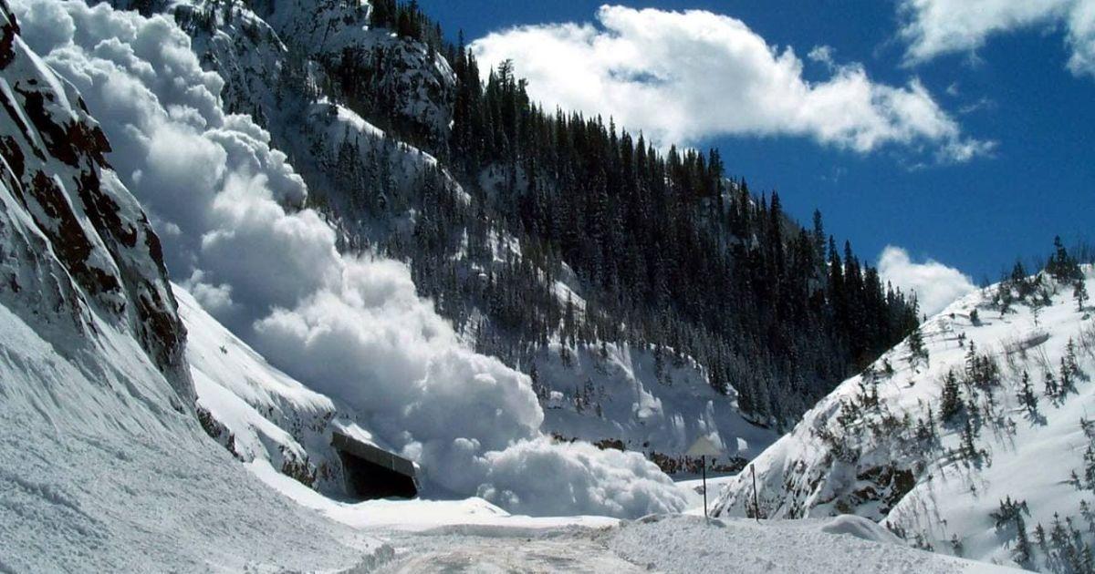В двух областях Украины существует значительная опасность схода лавин: подробности