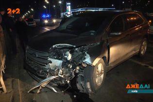 П'яний столичний водій не помітив патрульне авто і ледь не розбив його