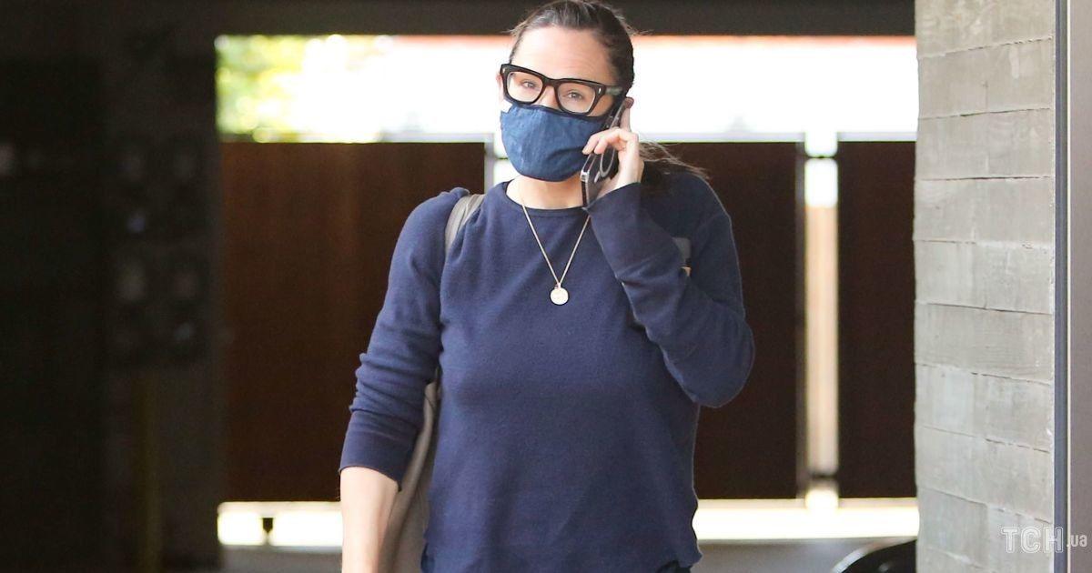 У спортивках і без макіяжу: Дженніфер Гарнер заскочили  папараці
