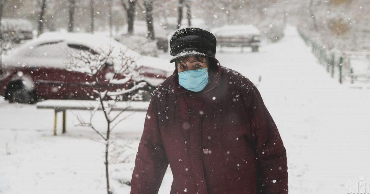 Количество новых случаев коронавируса в Украине ежесуточно растет: ситуация в регионах 15 января