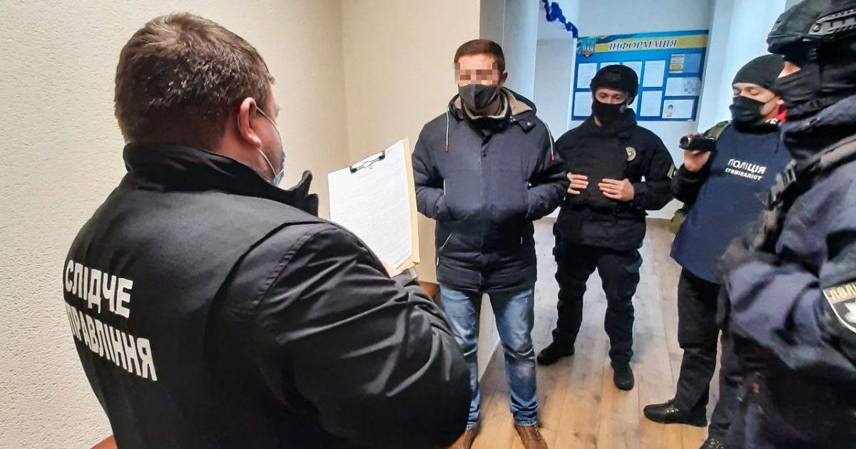 До міської ради Миколаєва прийшли з обшуками
