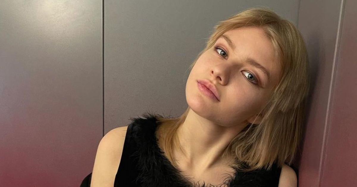 19-летняя дочь Ренаты Литвиновой обнажилась для мужского глянца