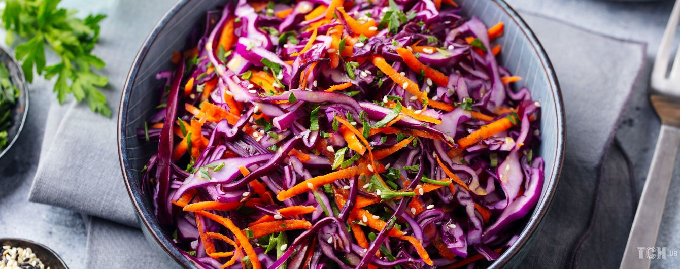 Салат з капусти та моркви: простий і швидкий рецепт