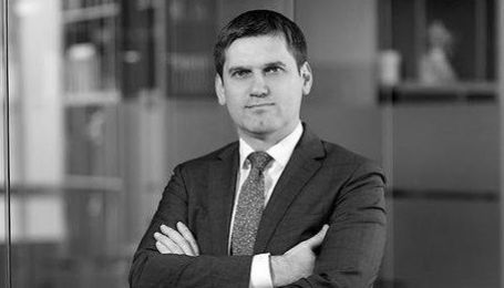 Помер наближений до Зеленського юрист Сергій Нижній
