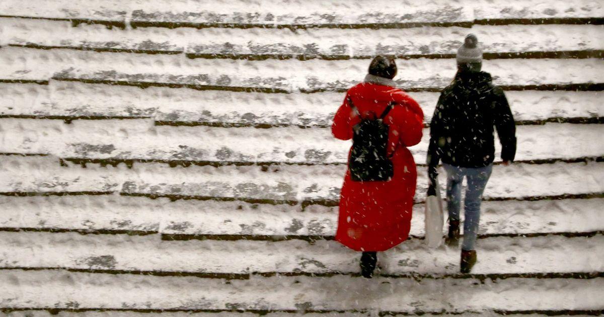 До 14 градусов мороза и гололедица прогноз погоды в Украине на 16 января