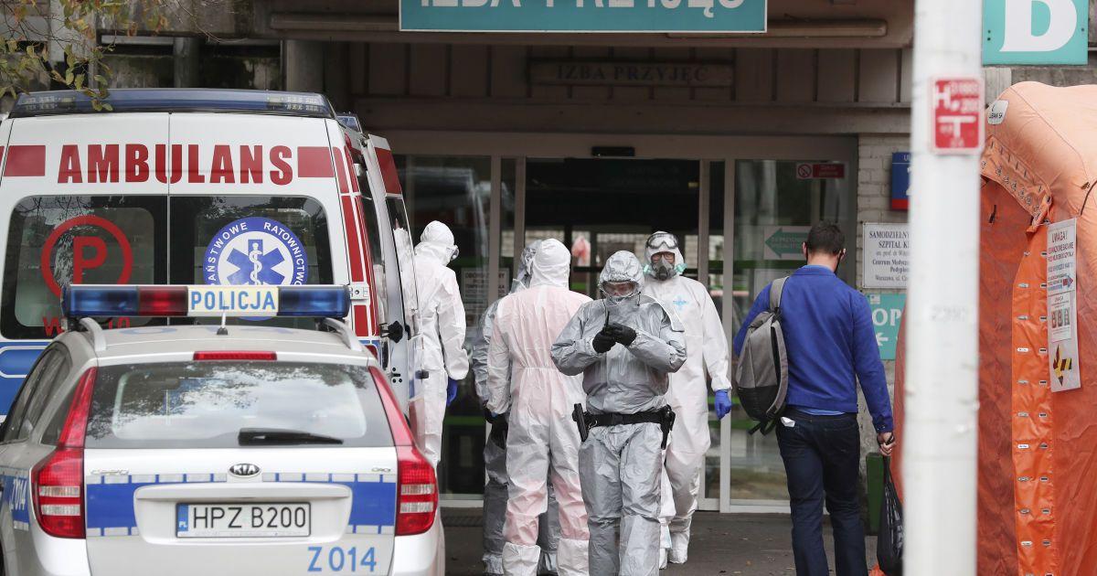 Из-за пандемии COVID-19 Польша готова принимать украинских врачей без подтверждения дипломов
