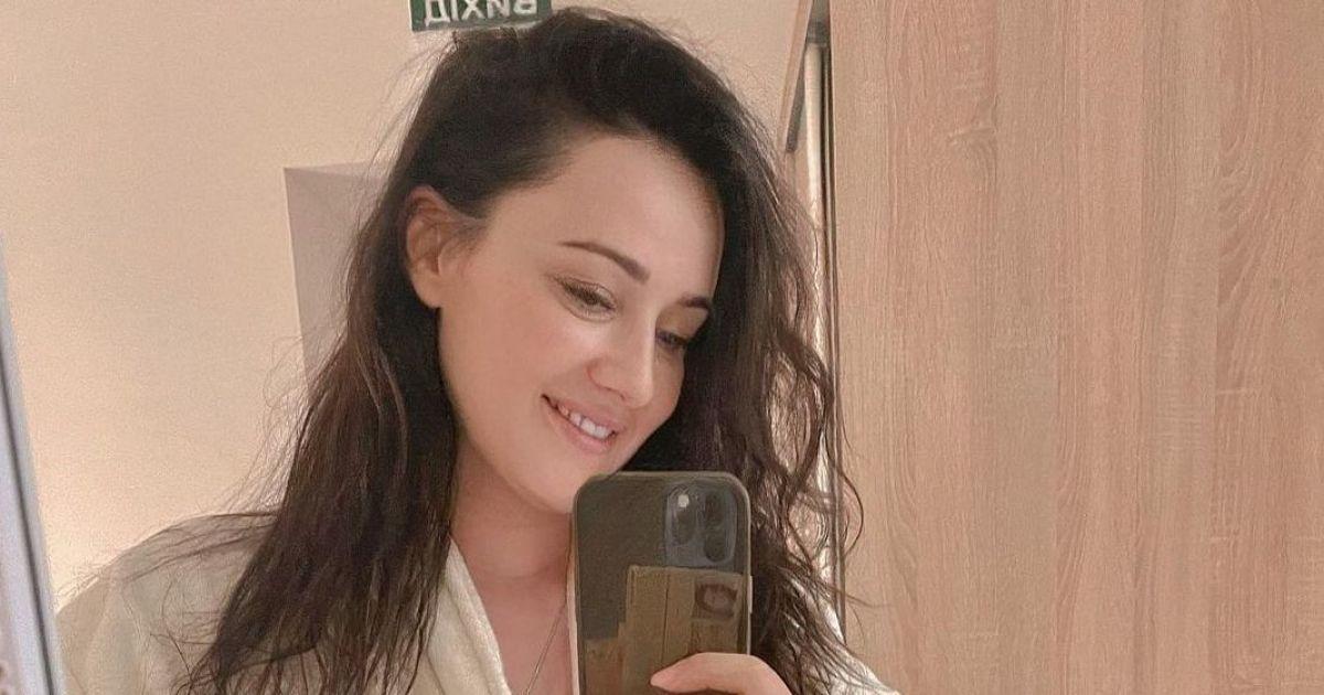 В одном халате: Соломия Витвицкая поделилась селфи из СПА