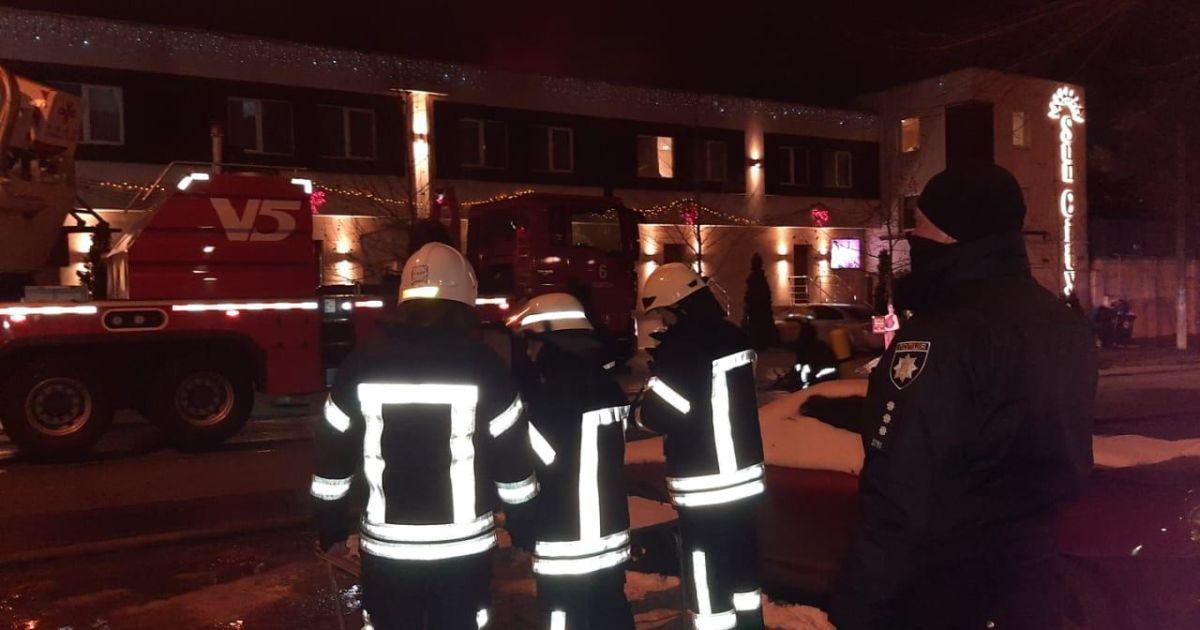 Пожежа в одеському готелі була не першою, а напередодні там лагодили провіддя