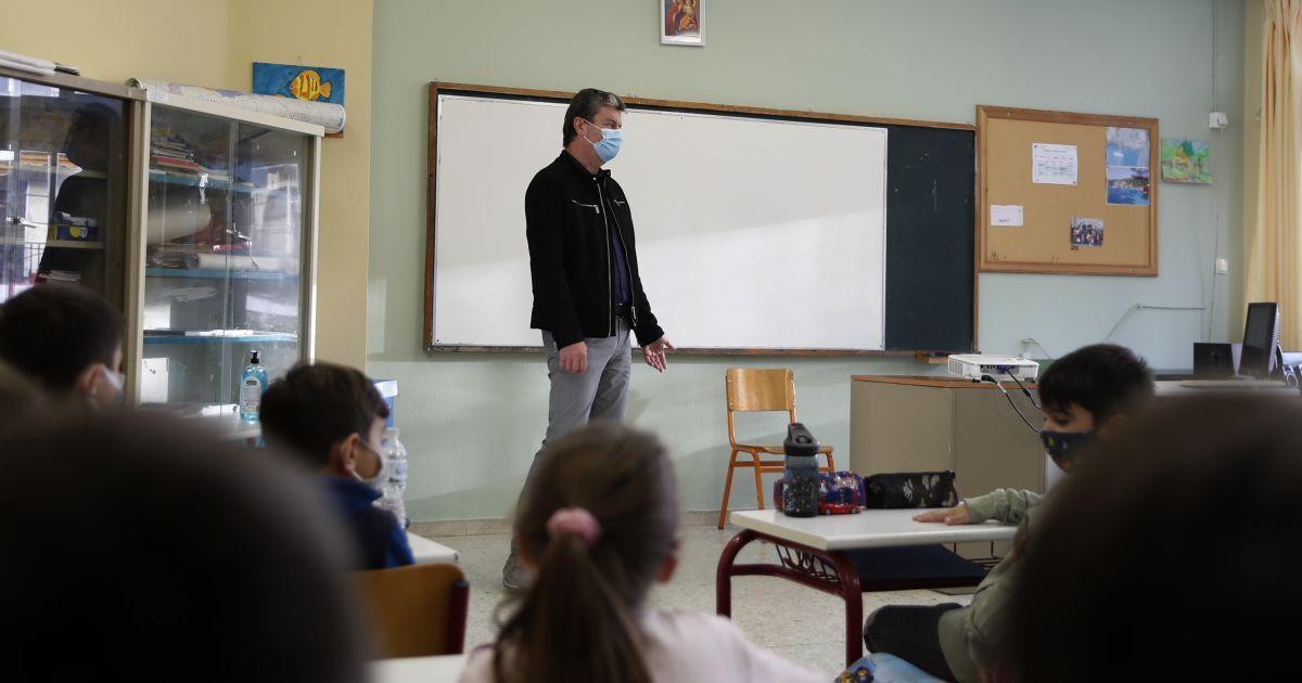 Україна повертається до адаптивного карантину: у Міносвіти повідомили, яким буде навчання у школах