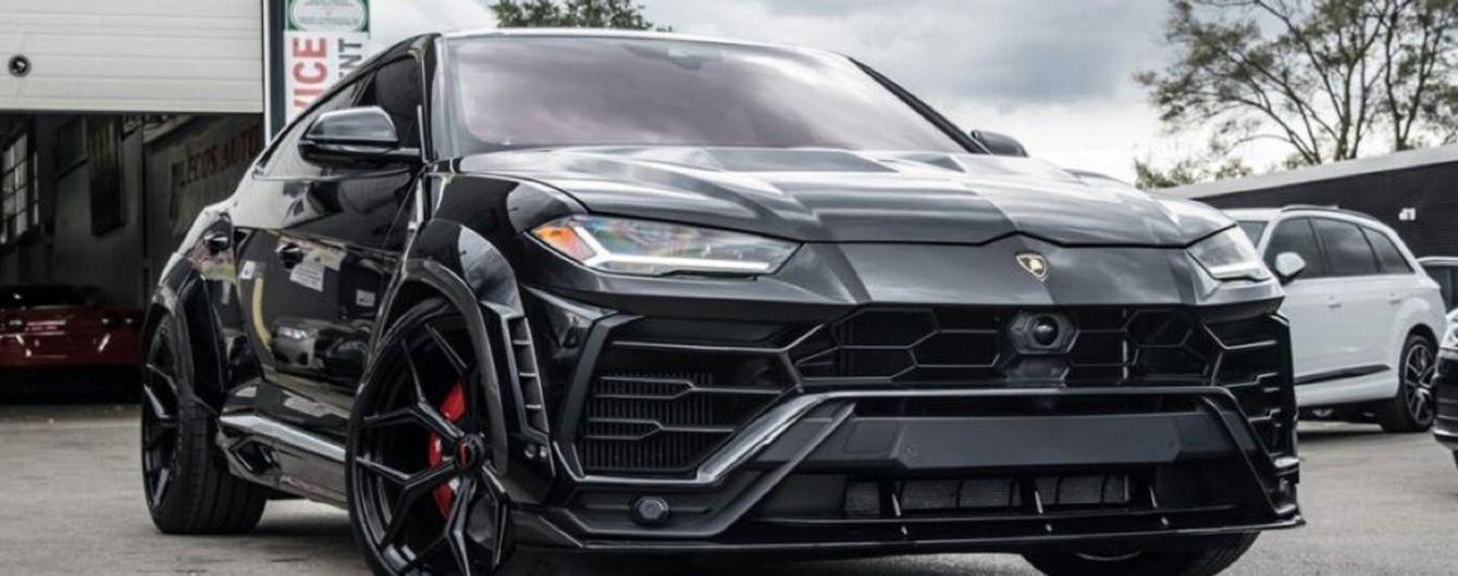 """У Канаді чоловік """"придбав"""" тюнінговий кросовер Lamborghini за ціною LADA"""