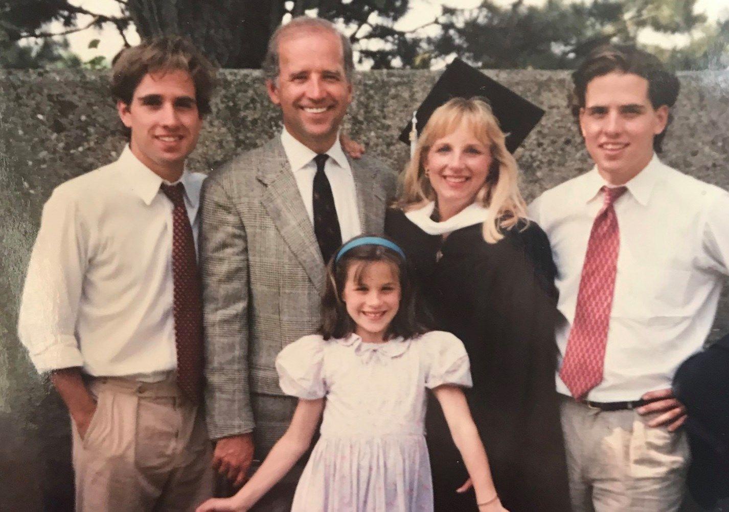 Джилл і Джо Байден з дітьми