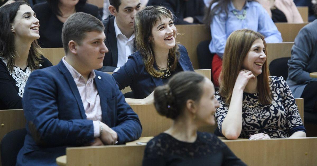 В МОН дали рекомендации, как будут учиться студенты после локдауна