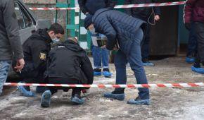 Вийшов з будинку з людською головою: в Одесі чоловік жорстоко вбив батька і невідому особу (фото, відео)