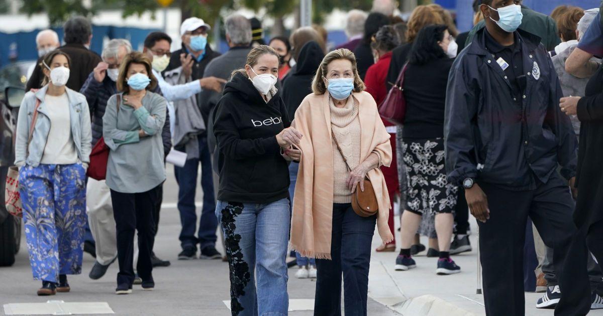 У США виявили новий більш заразний штам коронавірусу